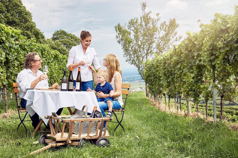 Familie-Lergenm-ller-im-Weinberg